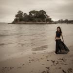 Ángela en la playa