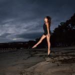 Salto nocturno en la playa