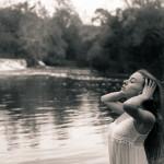 Sesión fotográfica con Sandra en el río