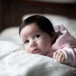 Bebé en la almohada