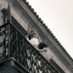 Novia en el balcón