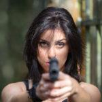 Apuntando con la pistola