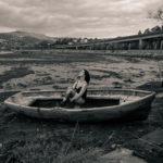 En la barca con marea baja