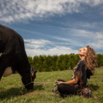 Posando con la vaca