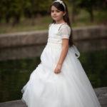Laura con su vestido de Primera Comunión