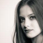 Fotos de estudio en blanco y negro con Ali López