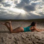 Sesión de fotos en bañador en la arena