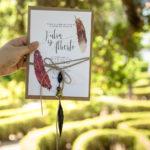Acuarela y plumas, invitación de boda