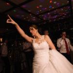 La novia en la pista de baile