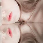 El espejo, el agua y sus labios