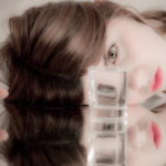 Refracción y retratos surrealistas
