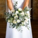 Silvestre, salvaje y con flores blancas